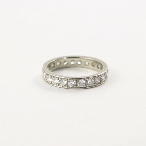 18K White Gold Diamond Eternity Band Size 6