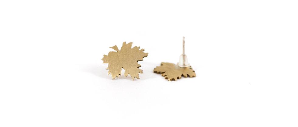 Kolczyki sztyfty złote liście klonu