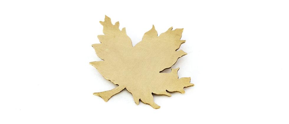 Broszka złoty liść klonu