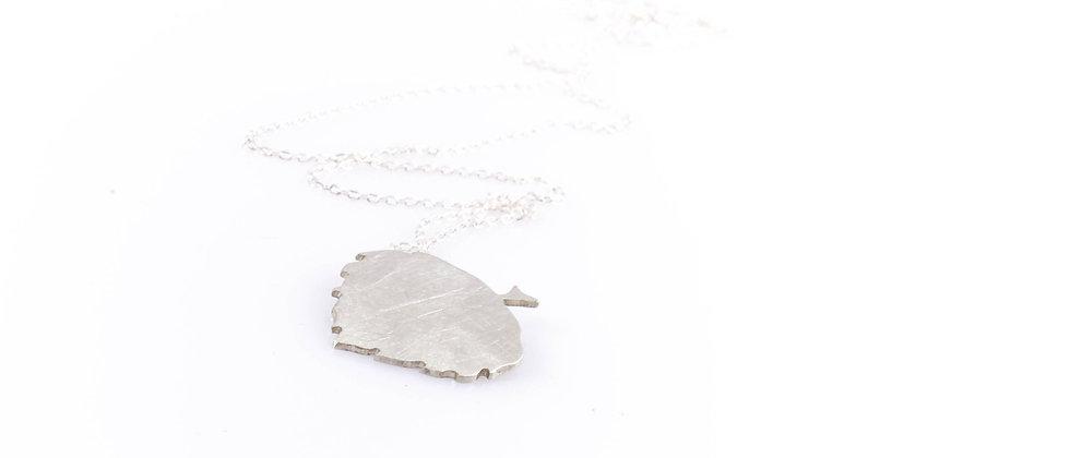 Łańcuszek ze srebrnym liściem lipy