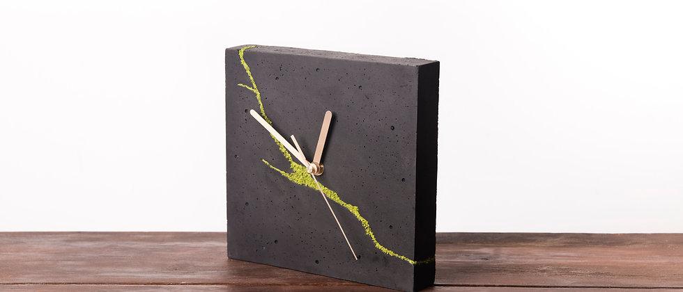 Kwadratowy zegar stołowy/ścienny-ciemny