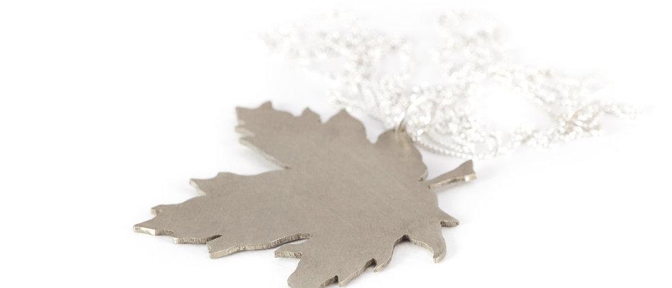 Wisior srebrny liść klonu