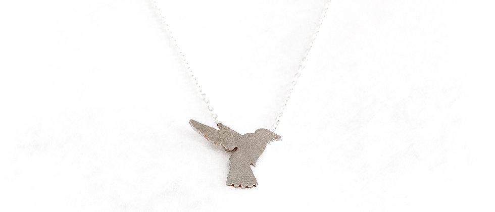 Łańcuszek ze srebrnym koliberkiem