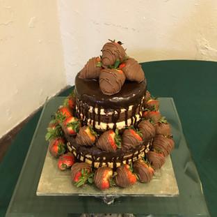 Strawberry-5-layer-cake.jpg