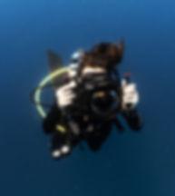 me diving .jpg