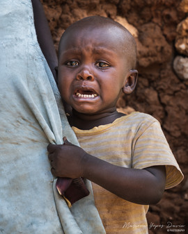 Kid crying portrait, Kenya