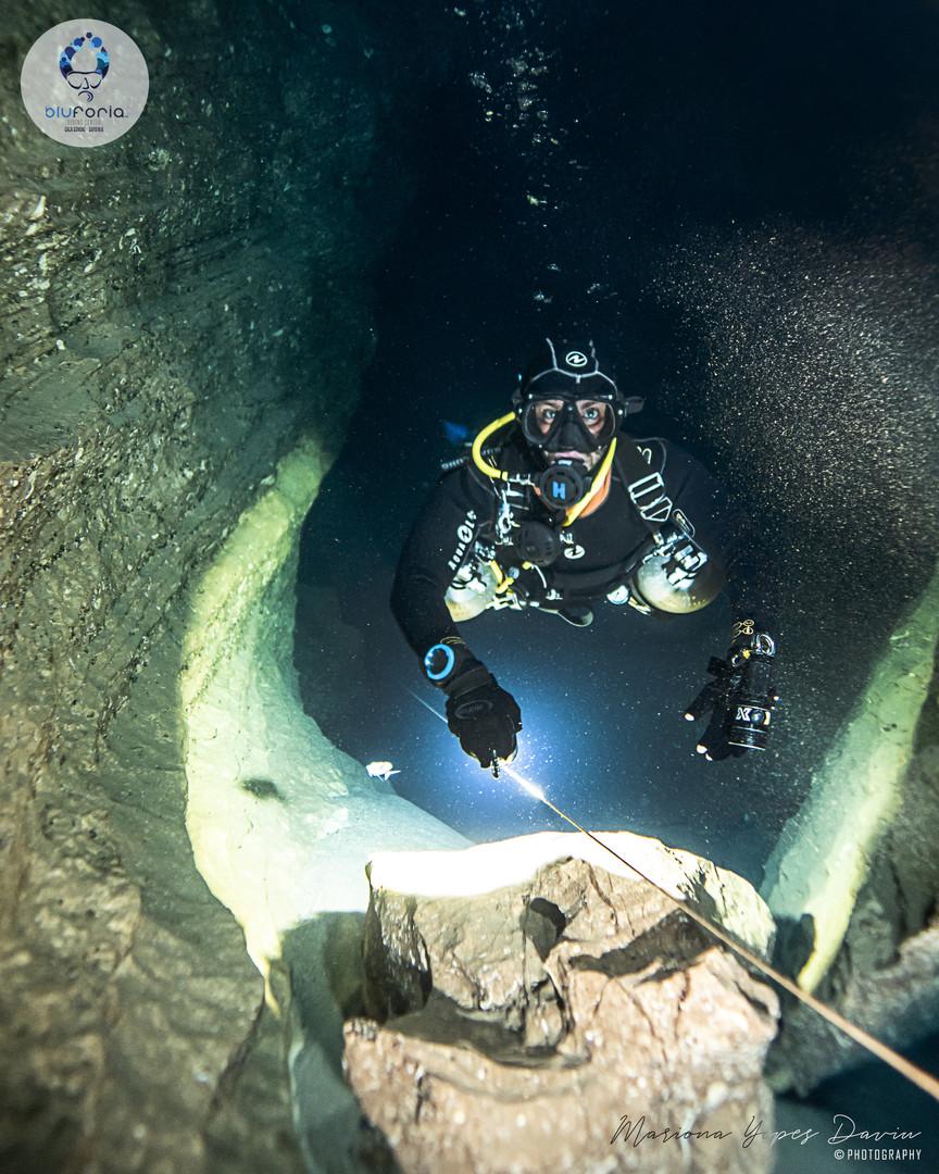 Gabriele Pettinelli, cave diving Cala Gonone