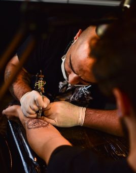 The Dos and Donts When Choosing a Tattoo Artist