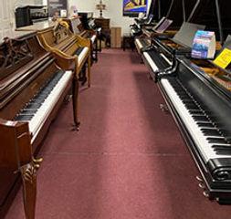showroom2-pianos-long-island.jpg