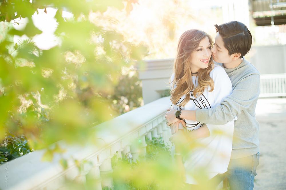 hazukiphotography_lasvegas_lesbiancouple_cute_taiwan_american_engagement_kiss