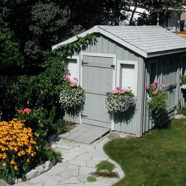 8x10 High Cottage