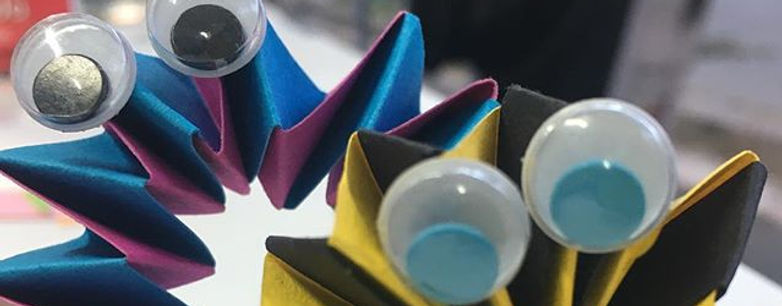 Dos tiras de papel... #talleralcarrer #t