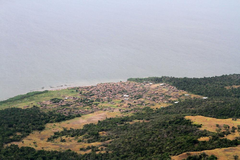 Illegal fishing village in Virunga National Park DRC (credit A.K. Plumptre WCS)
