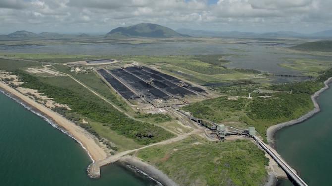 Why fast-tracking the Carmichael coal mine is a bad idea