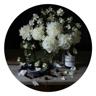 Composition with peonies
