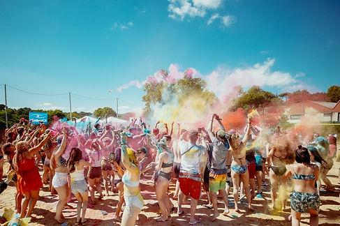 mango-tours-sky-and-sand-festival-holi-f