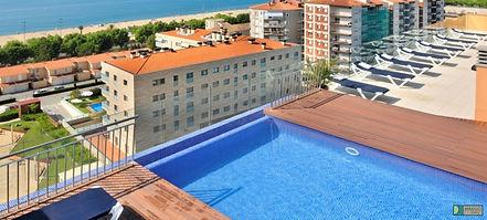 calella-hotel-catalonia-dachpool.jpg