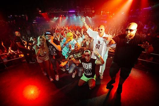 mango-tours-revolution-club-malle-start-