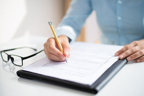 closeup-business-woman-making-notes-docu