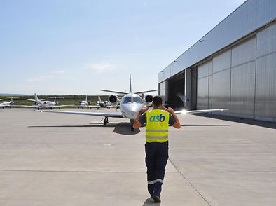 Air Service Basel IS-BAH Staff Photo