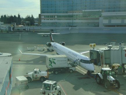 Air Canada Express CRJ900 Economy Class Review Vancouver YVR to San Diego