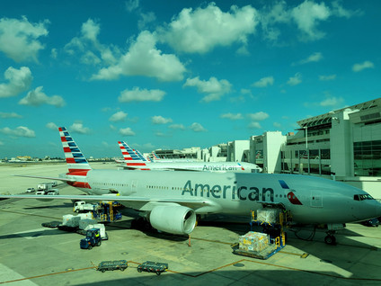 American Airlines B777 Domestic Flagship / Business Class Review