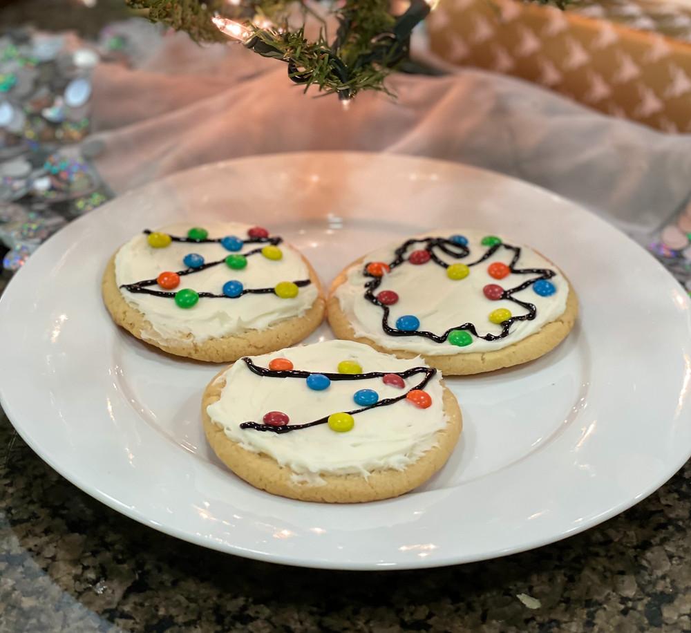 Christmas Lights Cookies with mini M&Ms