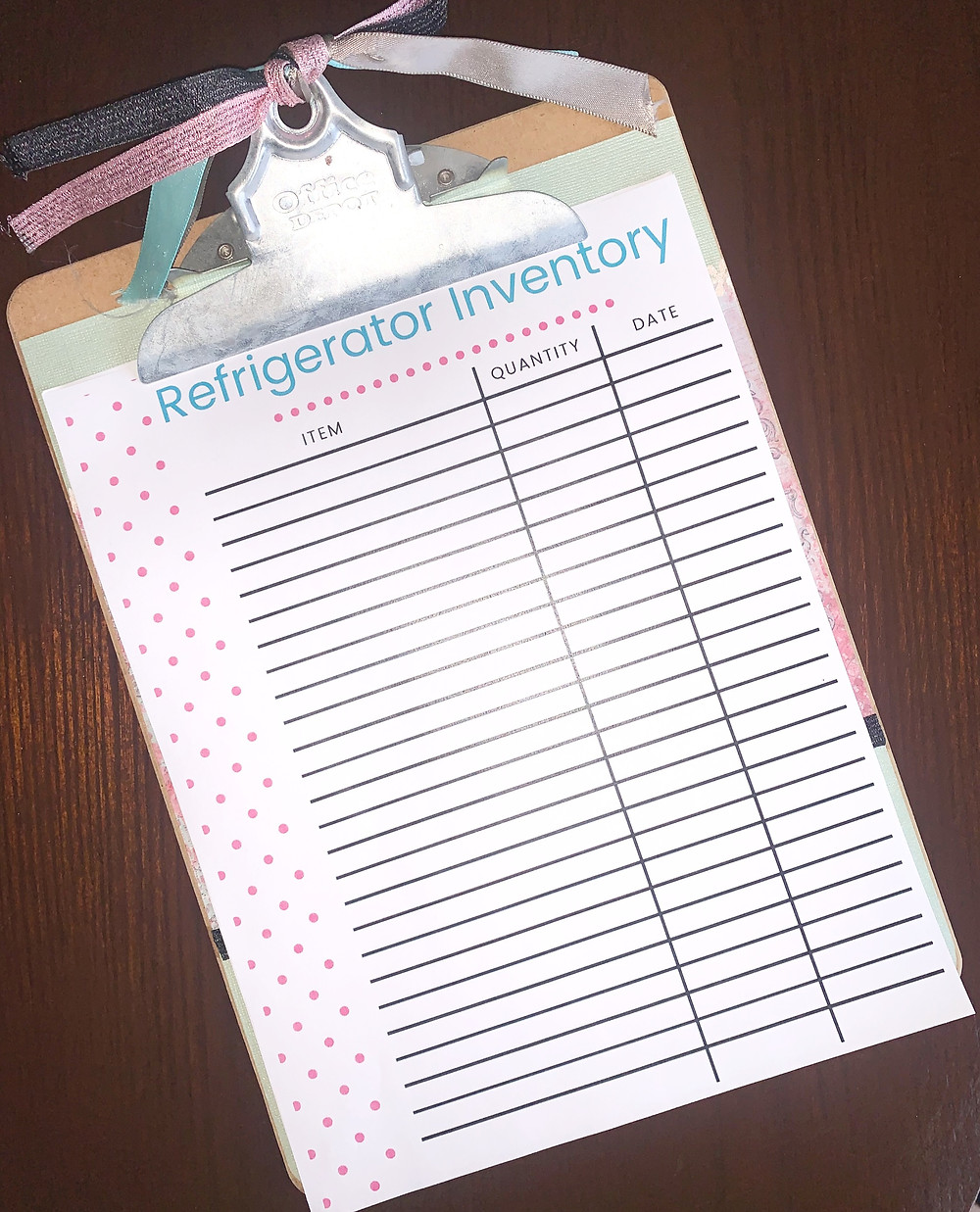 Printable refrigerator fridge food inventory on a clipboard