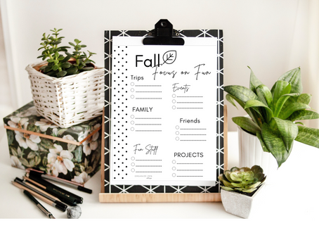 The Ultimate Fall Bucket List - 50 Best Fun Autumn Activity Ideas for Families - Free Printables
