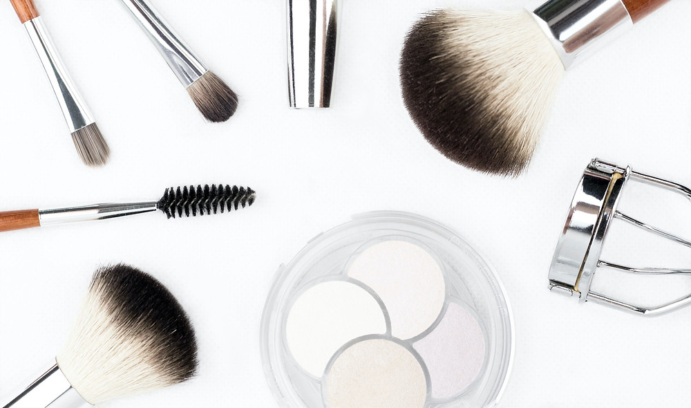 Cosmetics, beauty tools and makeup brushes