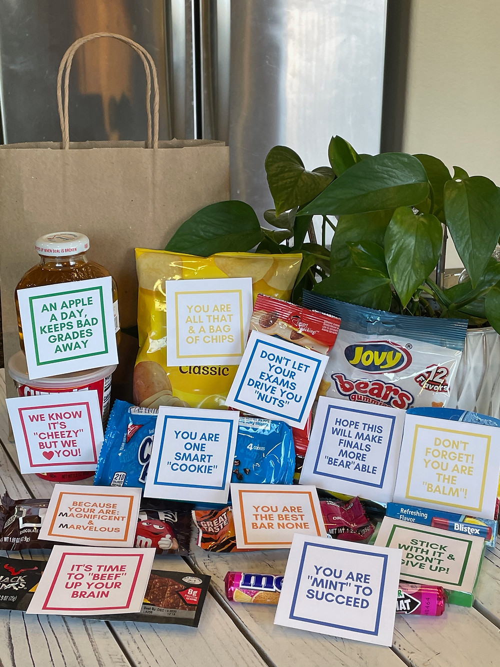 Finals Exams snacks with encouraging printable tags