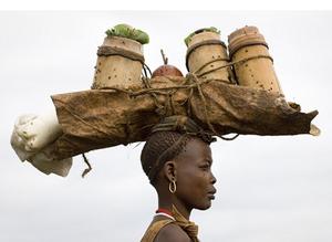 https://muitabrisa.com.br/conheca-a-meen-uma-tribo-na-etiopia-onde-os-homens-barrigudos-sao-considerados-como-herois