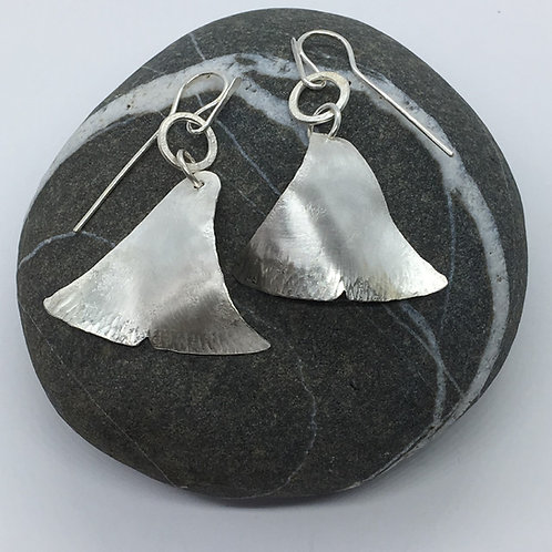 Fishtail earrings