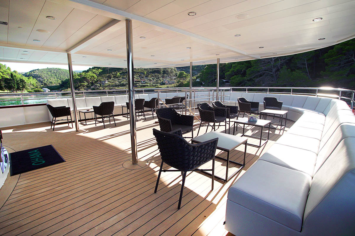OHANA-upper-deck-lounge-area.jpg