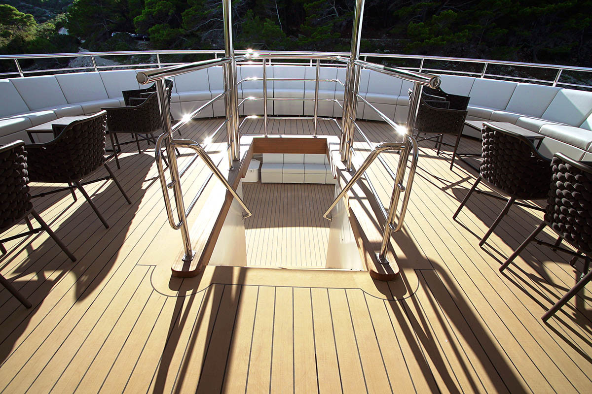 OHANA-upper-deck-stairs-to-main-deck.jpg