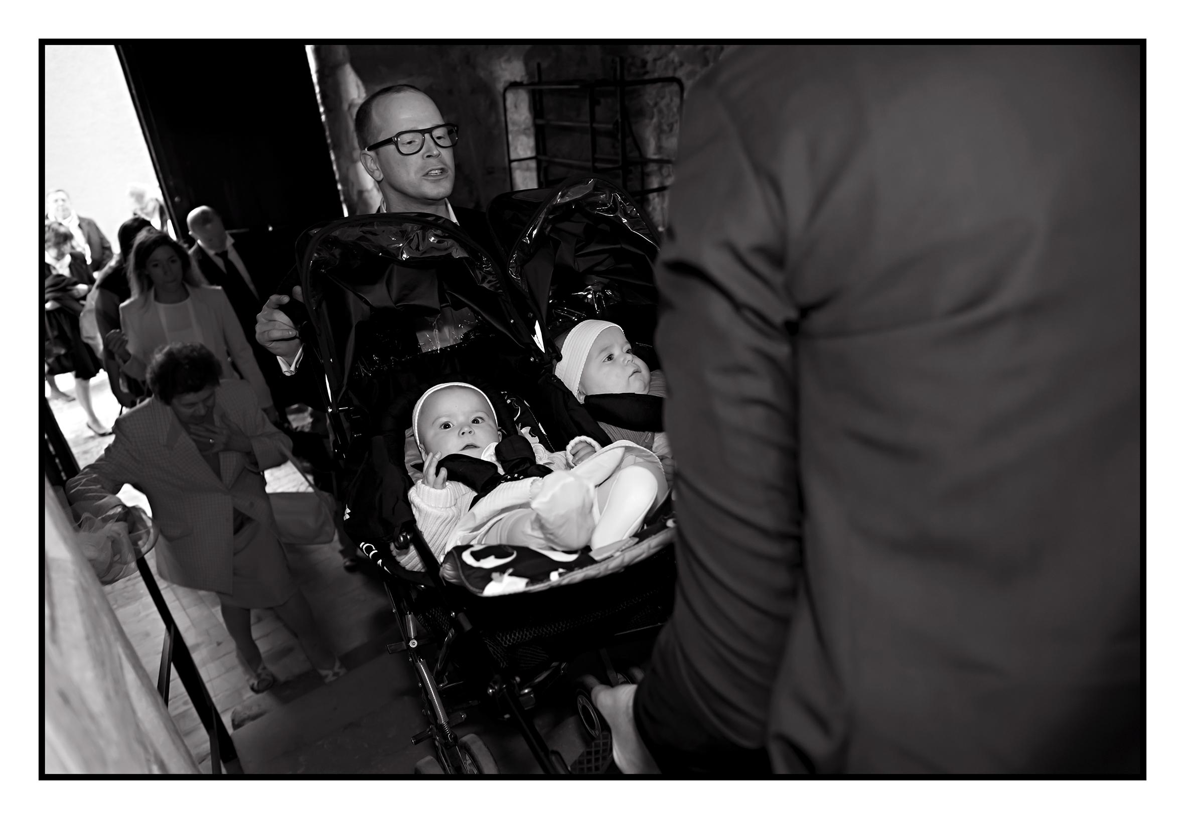 ©Vali_2014_mai_léonie&victoire_098N&B.jpg