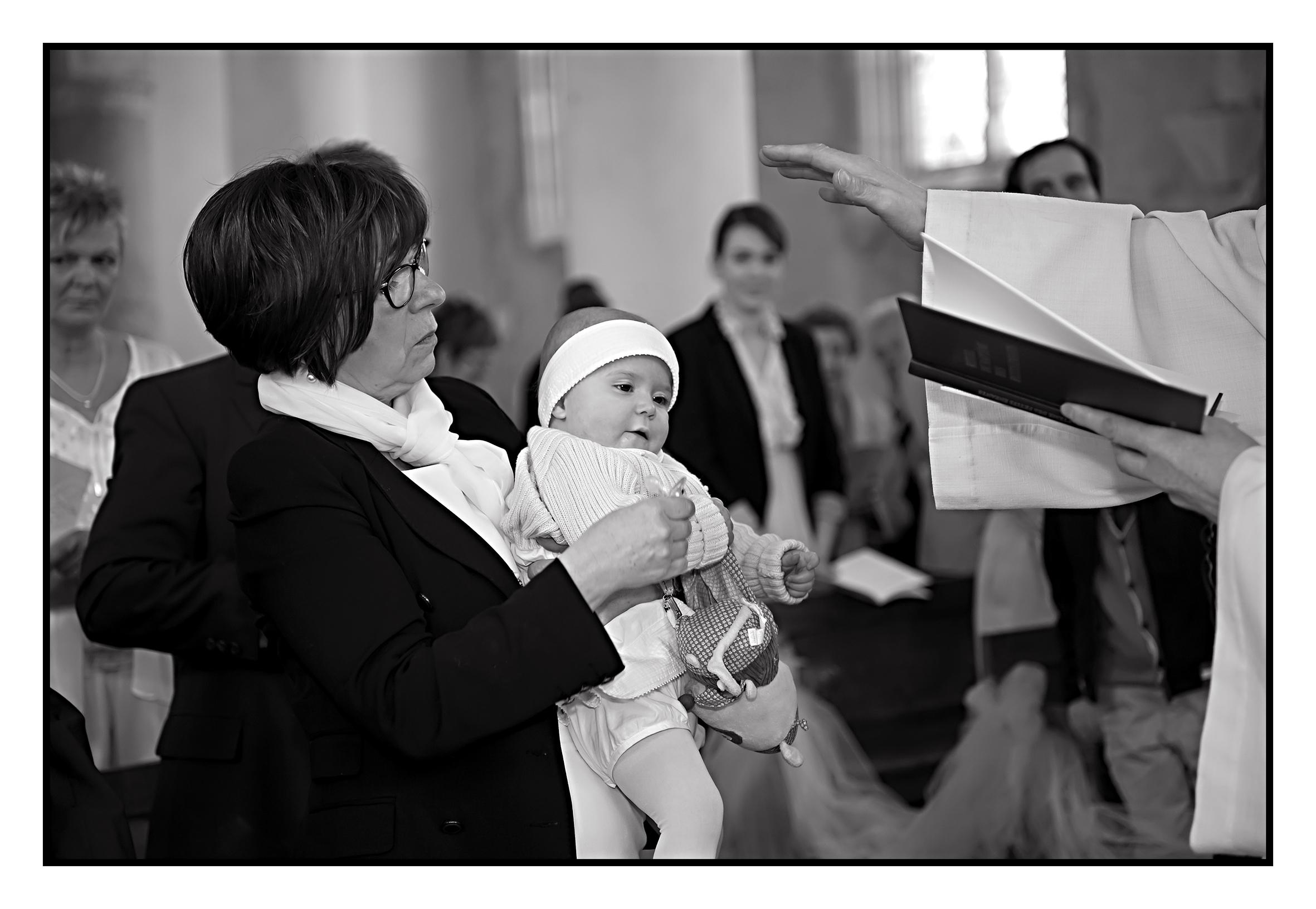 ©Vali_2014_mai_léonie&victoire_180N&B.jpg