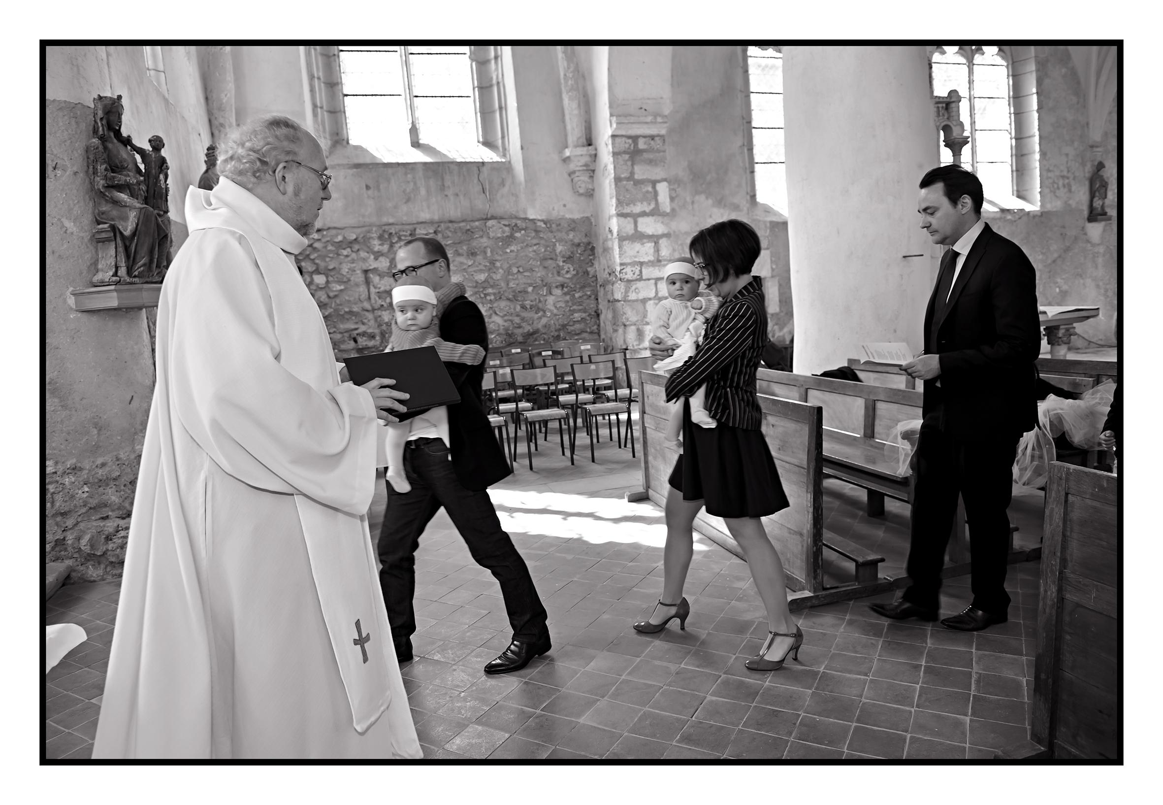 ©Vali_2014_mai_léonie&victoire_128N&B.jpg