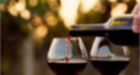 servir vino.jpg