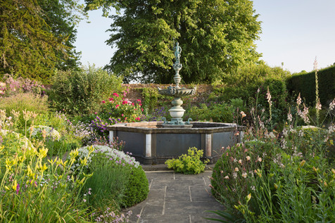 Woolbedding Gardens