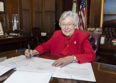 Alabama governor signs law increasing pay for teachers, state employees
