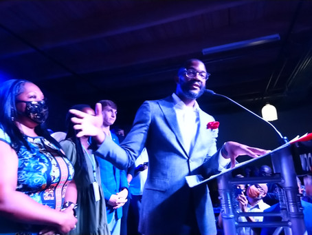 On the promise of a better Birmingham, Mayor Randall Woodfin handily wins re-election