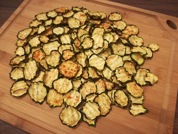 Chips di Zucchine Piccantissime essiccate senza grassi ma con tante spezie