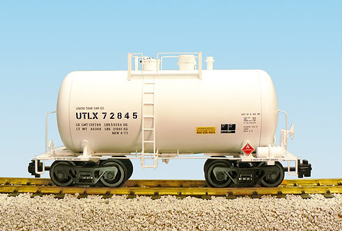 R15203 UTLX - White 29'Beer can tank car