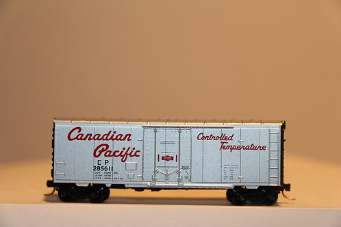 07400040 CP RAIL Box Car
