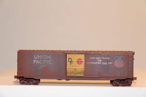 07752050 WEATHERED UNION PACIFIC RAILWAY Box Car