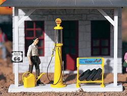 62284 Shell Gas Pump & Accessories