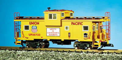 R12103 Union Pacific - Yellow/Red Oxide