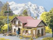 62022 Beer Garden Cafe