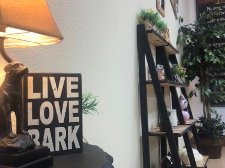 Live Love Bark